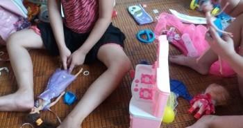 Cách dạy con biết gìn đồ chơi, mẹ Việt cần biết