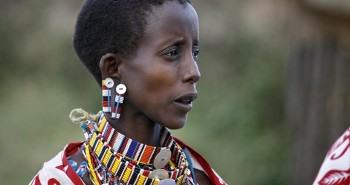 Từ ngàn xưa, tại sao con người lại đeo trang sức?