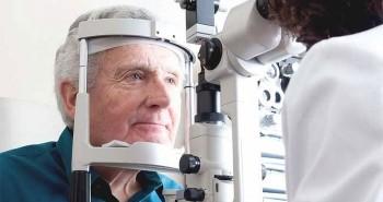 Bác sĩ chỉ cách bảo vệ mắt mùa nắng nóng