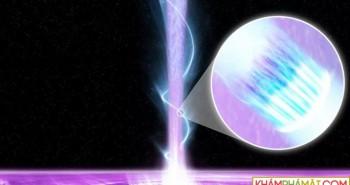 """12 lỗ đen quái vật bao vây, Trái đất có """"khả năng nhỏ"""" đụng độ"""