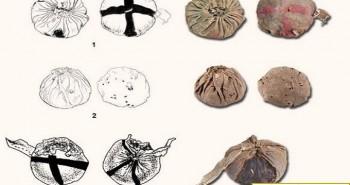 Phát hiện quả bóng da 3.000 năm tuổi trong mộ cổ