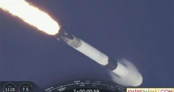 SpaceX mở ra kỷ nguyên du hành không gian thương mại